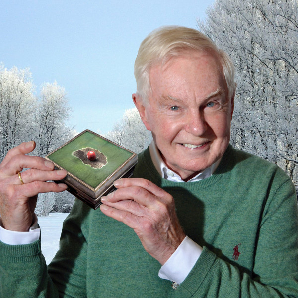 Sir Derek Jacobi opens the Box of Delights!