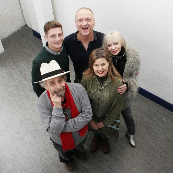 Philip Olivier, David Benson, Sylvester McCoy, Sophie Aldred and Katy Manning in studio